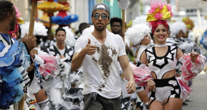 """Enrique Iglesias filma en Cuba el video de su tema """"Súbeme la radio"""""""