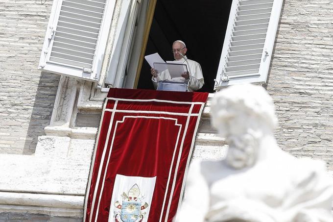 """El papa FRANCISCO pide una """"solución pacífica y democrática"""" para Venezuela"""