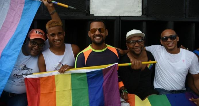 Homosexuales, lesbianas y transexuales insisten en que les reconozcan sus derechos