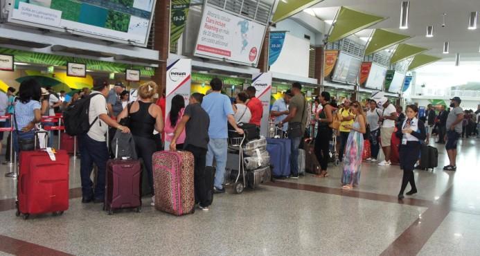 Aerolineas de Estados Unidos cobran todas las maletas a sus pasajeros
