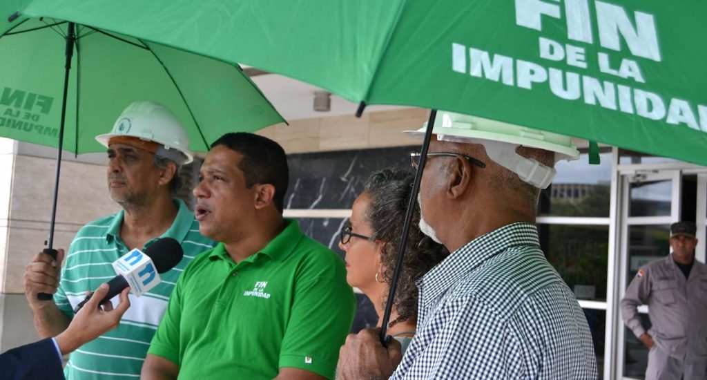 Marcha Verde exige investigación penal de Punta Catalina