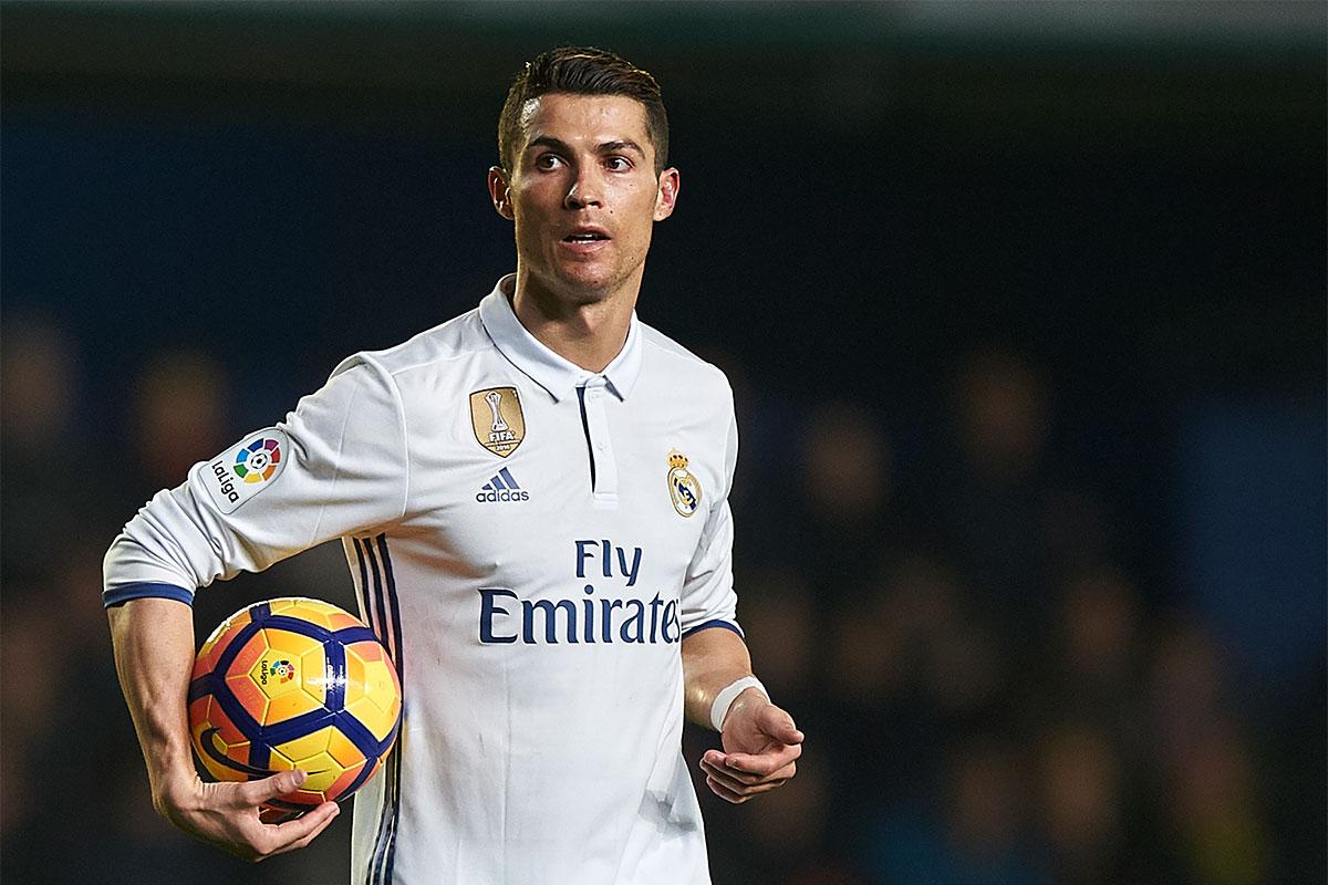 Famosos que más dinero ganan en Instagram   Cristiano Ronaldo: 105 millones de seguidores — US$400.000 por publicación