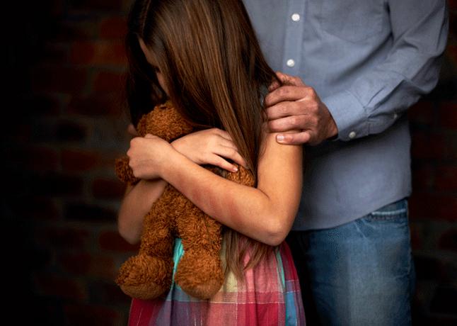 Hombre acusado de embarazar hija fue liberado horas después de ser apresado