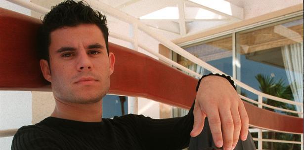 Hijo secreto de Julio Iglesias asegura que no le interesa su dinero Una prueba de ADN confirmó que el famoso cantante español es el padre de Javier Santos.