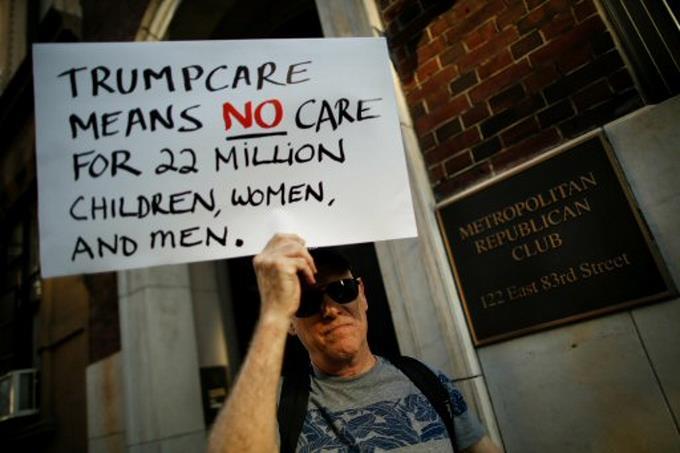 Reducción del Medicaid afectará a 500,000 dominicanos