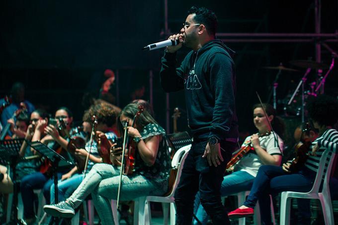 Shadow Blow cantará con 15 mujeres sinfónicas en espectáculo en el Estadio Olímpico