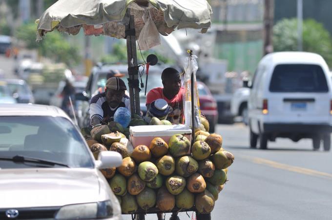 Culpan a Gobierno de ingreso haitianos