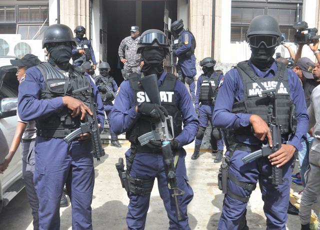 Asesinos de policías habrían raptado un hombre en Baní