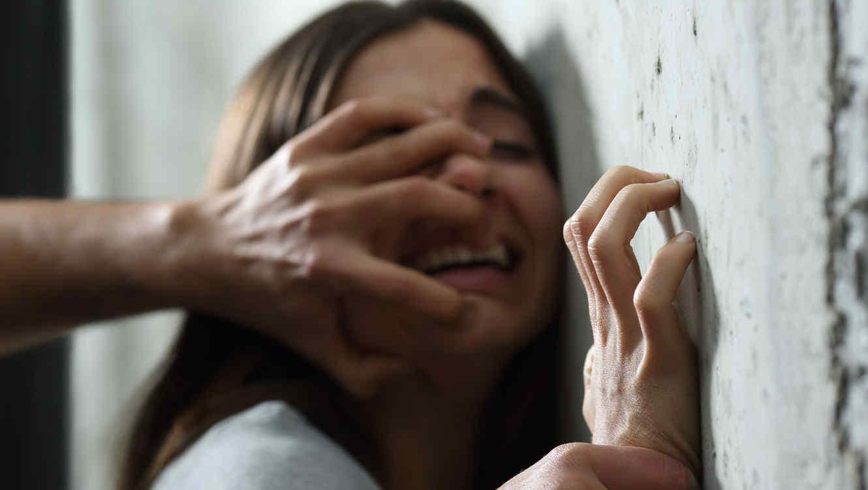 Una joven de 19 años GOLPEADA Y VIOLADA pide ayuda por agresiones y amenazas de su expareja en Bonao HASTA CUANDO PADRE AMADO