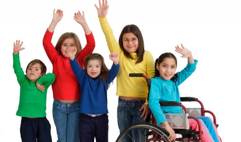 El 73% de escuelas de La Altagracia no están aptas para estudiantes con discapacidad DE QUE REVOLUCION EDUCATIVA ME HABLAN CARAJOOOOO