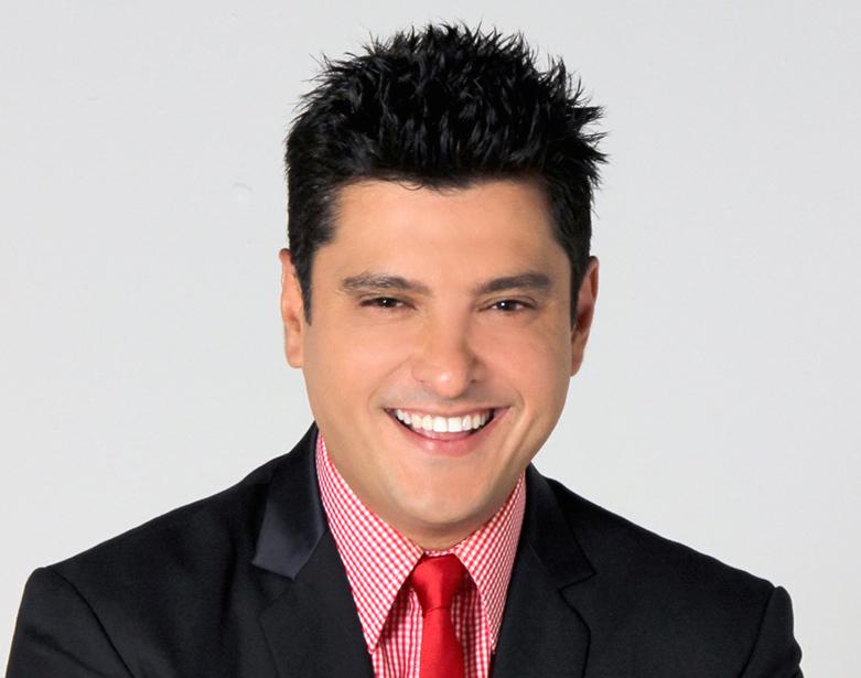 Leonardo Villabos reemplazará a Raymond y Miguel