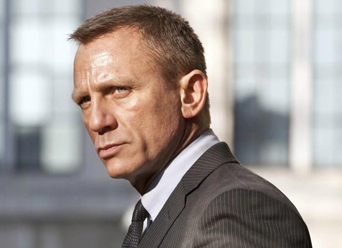Daniel Craig recula; volverá a ser James Bond, y sin cortarse las venas