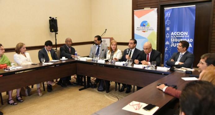 Finjus: 14 aspirantes a las altas cortes no han presentado declaración de impuestos ante CNM