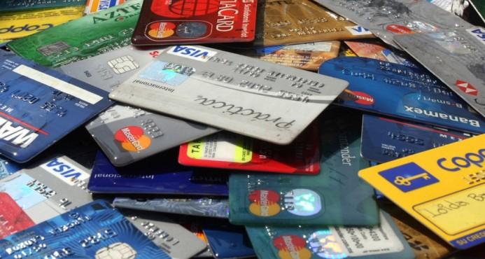 Arrestan a cuatro personas con 66 tarjetas clonadas en Bávaro