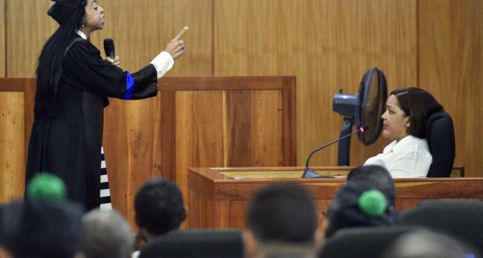 Yeni Berenice dice asistente de Aquino Febrillet trató de mentir y pudiera ser sometida a la justicia