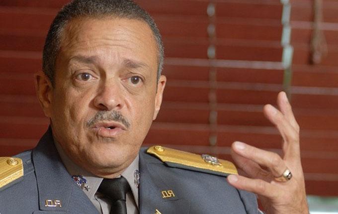 Retiran pertenencias del Jefe de la Policía de su despacho, especulan con cambios