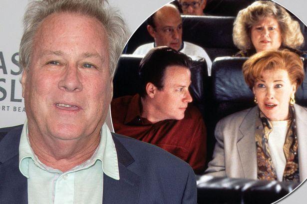 """Muere el actor John Heard, el papá de """"Mi pobre angelito"""" La policía investiga las causas de la muerte"""