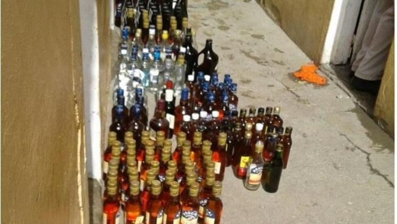 Desmantelan fábrica clandestina de alcohol en La Vega CASI TODAS LAS BEBIDAS QUE VENDEN SON FALSIFICADAS
