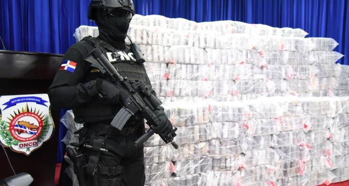 Decomisan mil paquetes de droga en Boca Chica