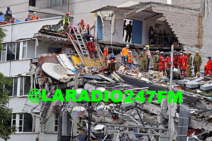 Aumentan a 318 los muertos por el terremoto del 19 de septiembre en México