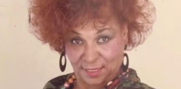 Muere madre de Bonny Cepeda, El artista debio tocar anoche en Chicago.