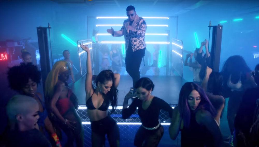 Zum Zum el nuevo tema de Daddy Yankee y Natti Natasha