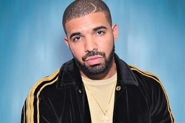 Drake rompe el récord de The Beatles con siete temas en el 'Top 10' de 'Billboard'