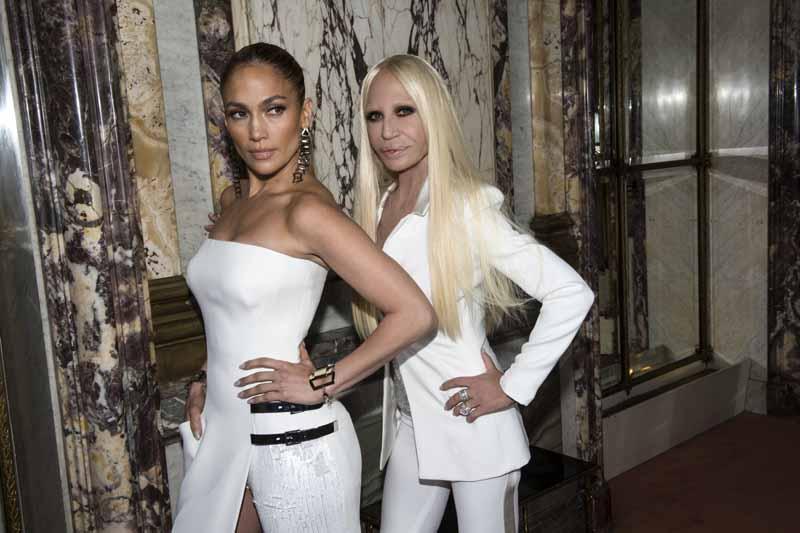 La Amistad de Jennifer Lopez y Donatella Versace es una de las más duraderas del mundo 'celeb'
