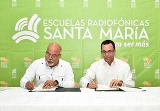 Educación, Andrés Navarro dará más apoyo a escuelas radiofónicas Santa María