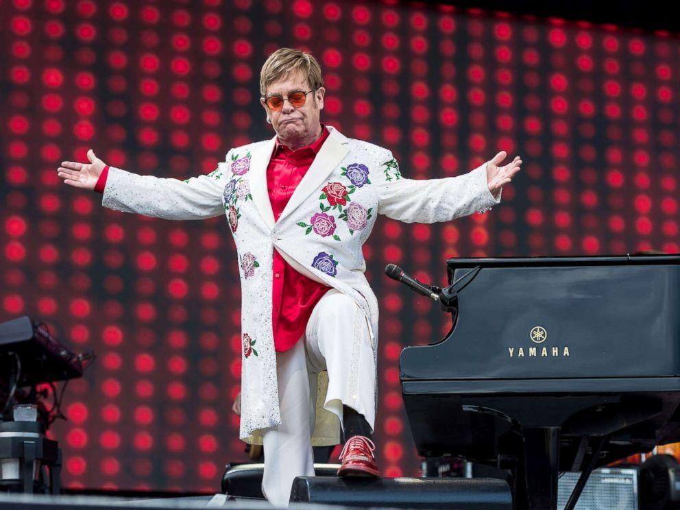 Elton John arranca su gira del adiós