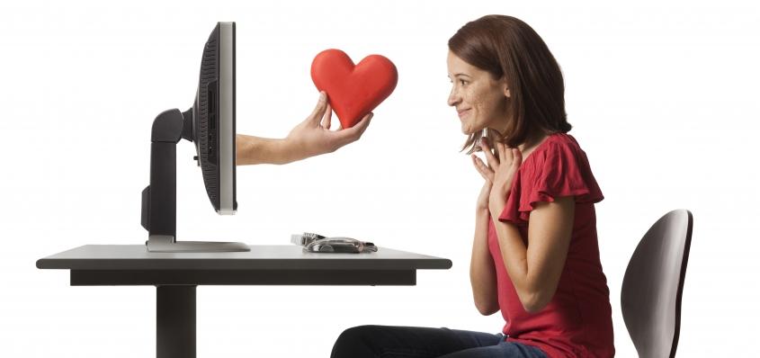 Amor digital: las relaciones románticas en la era de internet