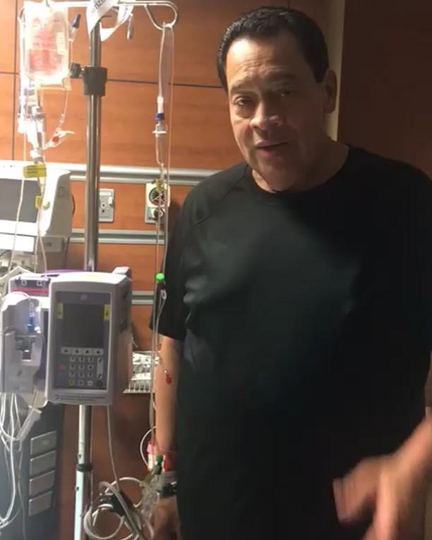 Tito Nieves entra a sala de operaciones y pide oración por él y por Cano Estremera