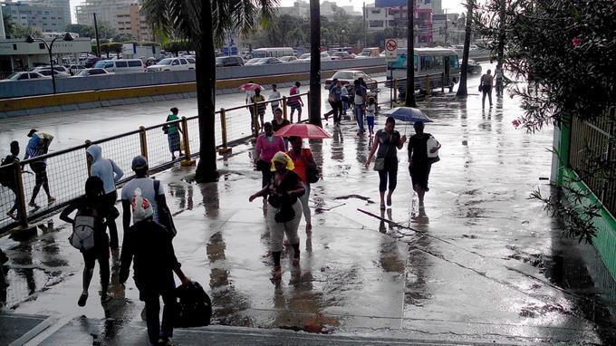 Onda tropical provocará aguaceros; continuarán altas temperaturas