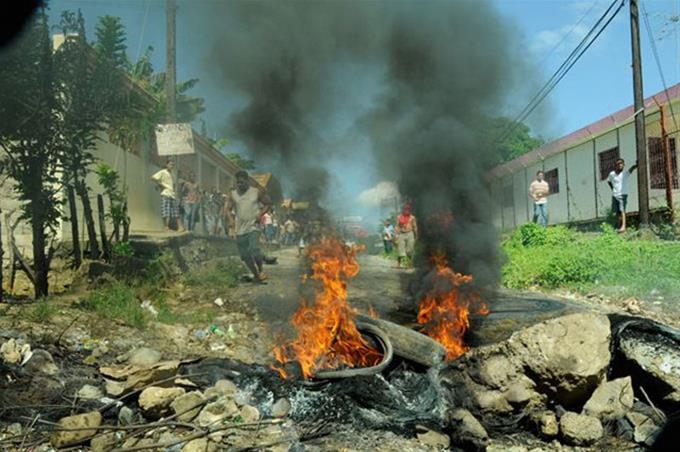 Se registran protestas por la falta de agua y por apagones