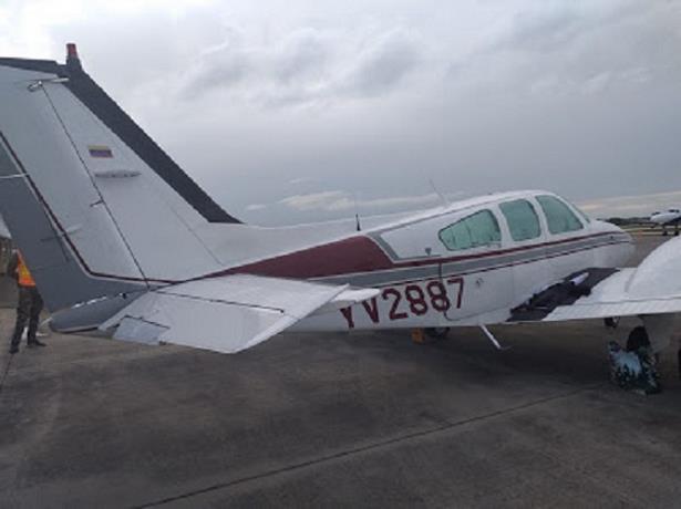 Militares y civiles del aeropuerto La Romana son interrogados por avioneta con más de un millón de dólares