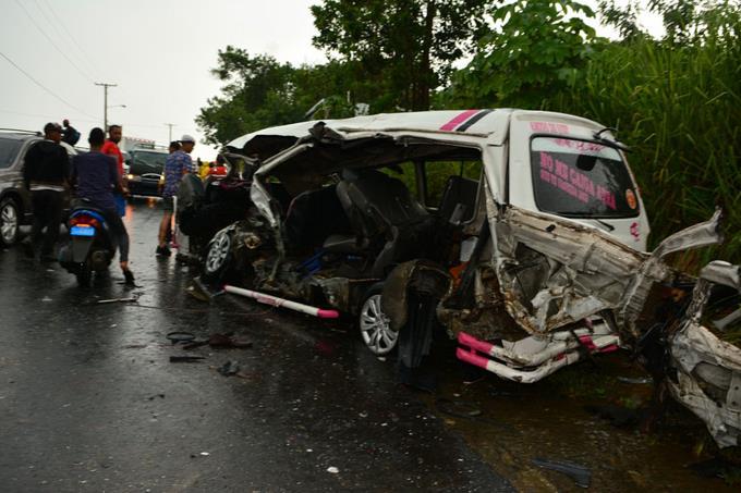 Siete muertos y 17 heridos en accidentes Maimón y Santiago