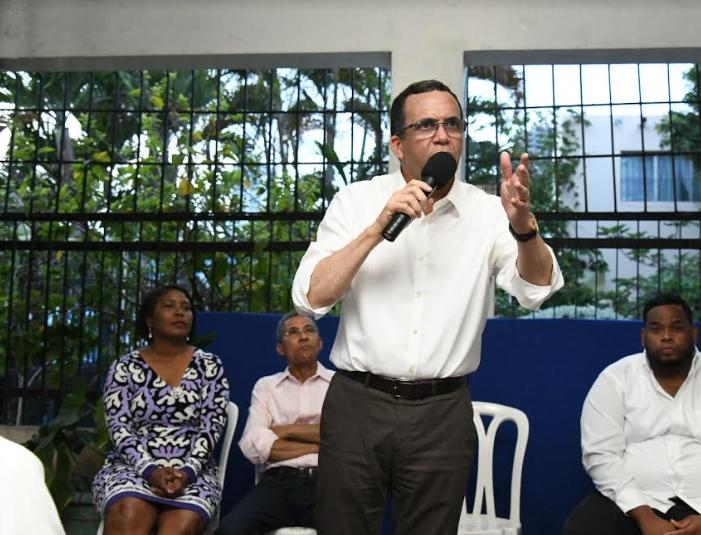 """Andrés Navarro """"voy a ser el primer presidente comunitario de la historia de RD"""""""