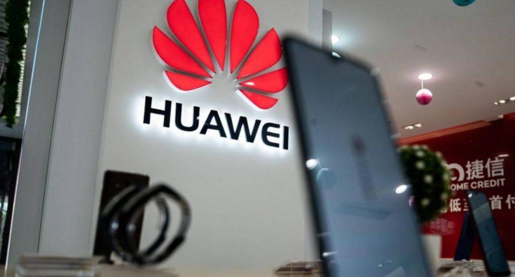 Huawei vende un 23 % más en el primer semestre pese al veto de EE.UU.