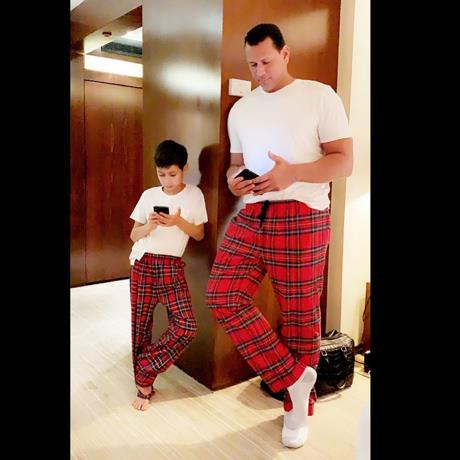Alex Rodríguez y Max, hijo JLo y Marc Anthony, derriten las redes con la misma ropa y misma pose