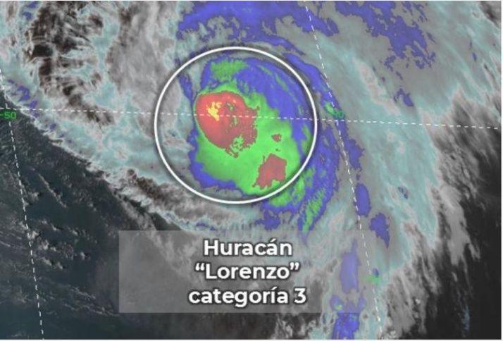 El huracán Lorenzo baja a categoría 3 y Karen se desvanece