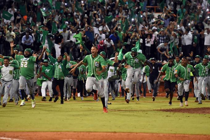 ¡Llegó la pasión de los dominicanos! Hoy se inicia el béisbol