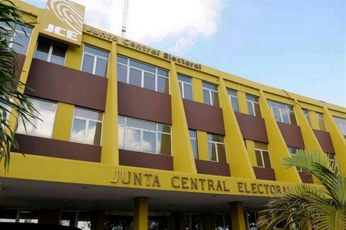 JUNTA CENTRAL ELECTORAL Plazo para inscribir candidatos oficiales vence el 27 de octubre