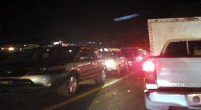Taponazo de ayer duró unas 10 horas en la Autopista Duarte