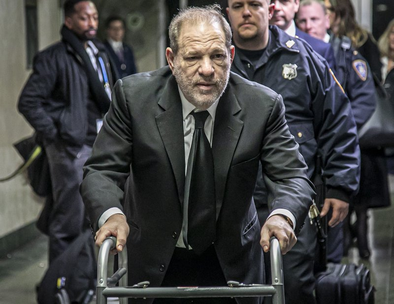 Harvey Weinstein es declarado culpable de acto sexual criminal y violación en tercer grado