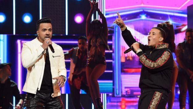 A qué se debe el extraordinario éxito de la música latina a nivel mundial?